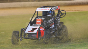 Western Springs Speedway, International Midget Series, Auckland, New Zealand on the 30th December 2017. Copyright Photo: Jeremy Ward / www.shot360.co.nz